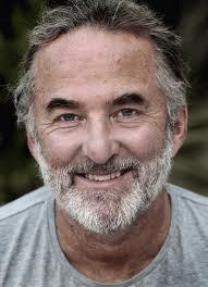 Henrik Saxgren får Body-sds-behandlinger