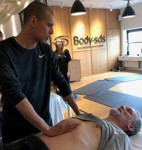 1 dags massagekursus parvis træning